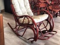Кресло-качалка из натурального ротанга