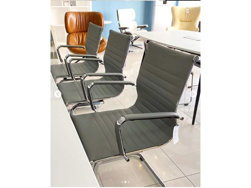 Кресло Eames Style Office Chair