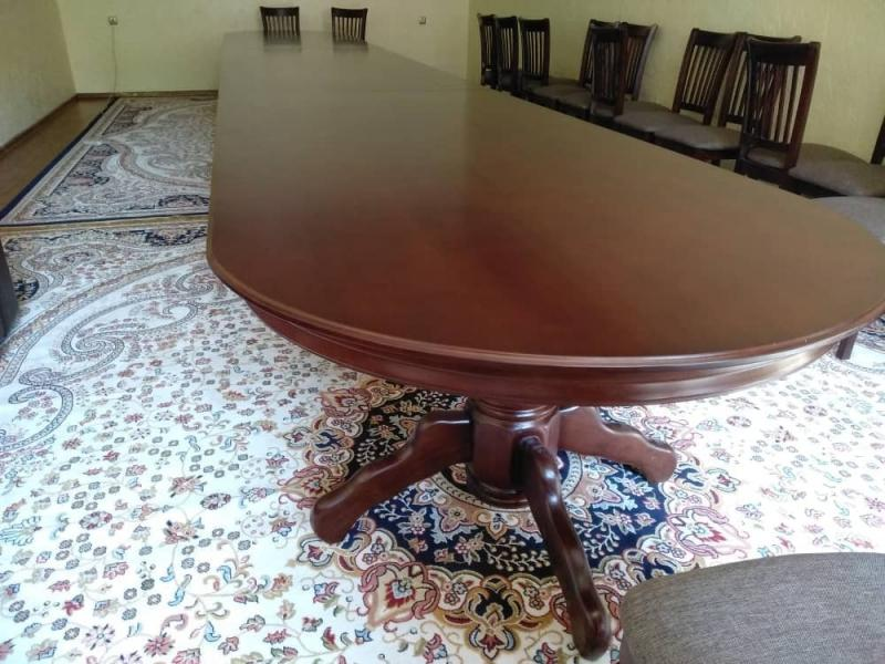 круглый стол  1.3 метра