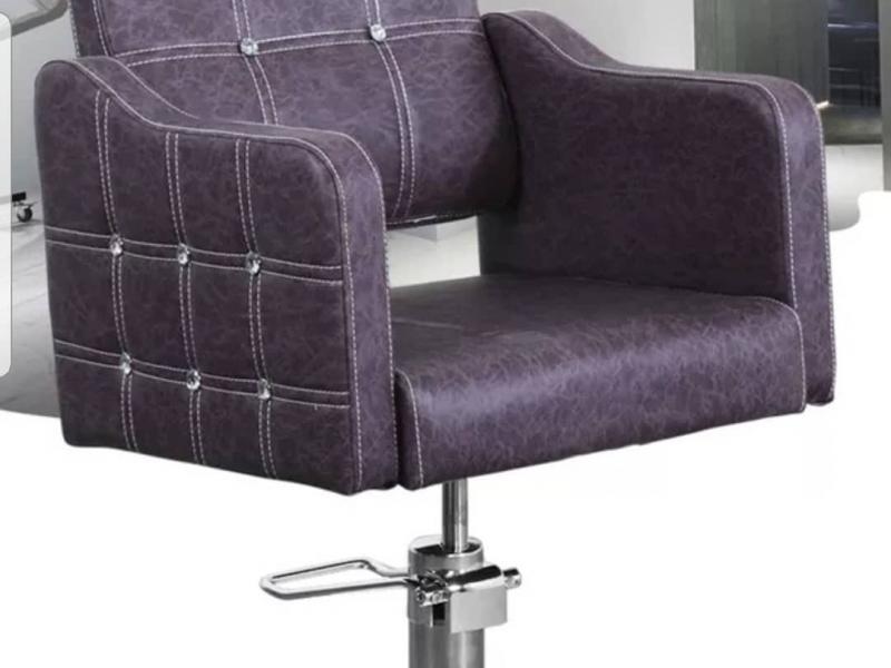 Парикмахерское кресло кожзам