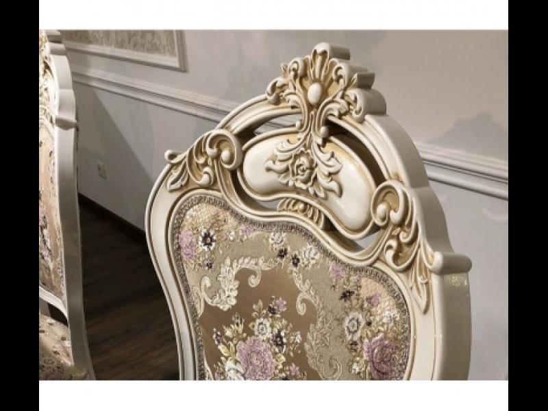Стол  и стулья  Алсу